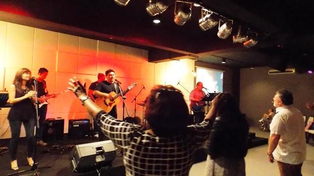 A-lively-praise-and-worship-at-C3-Church-Subang