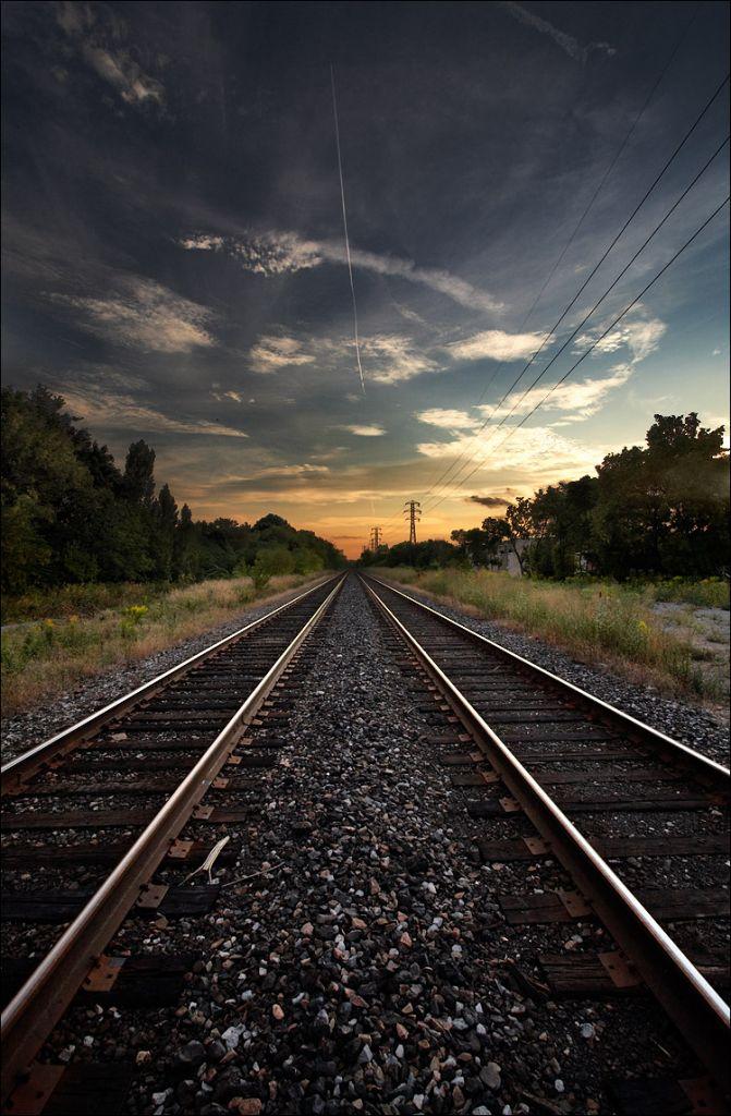 rails_summerhil_yonge_tall_01