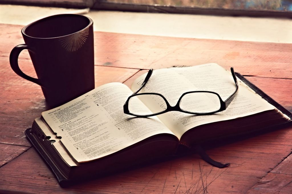 morning-devotions-christian-stock-image