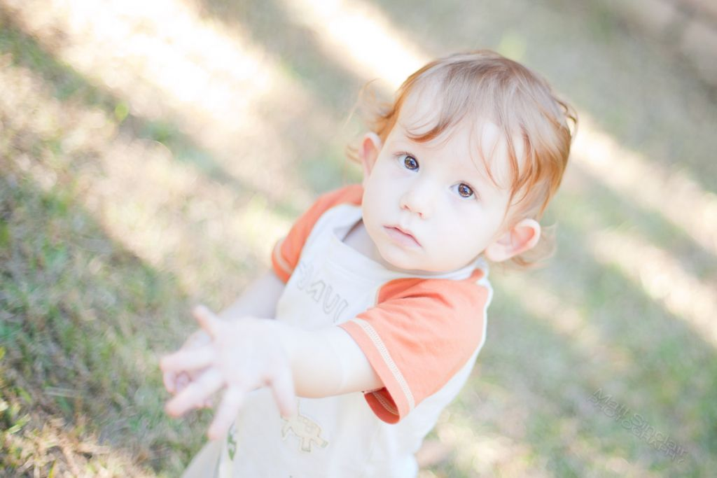 photograph-of-toddler-asking-for-something